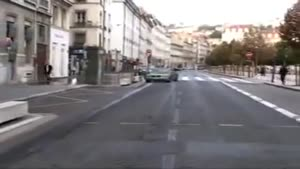 Idiot Makes Bus Crash