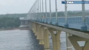 Wobbly Russian Bridge