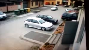 Female Parking Epic Fail