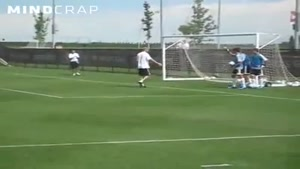 Zidane Destroys A Young Goalkeeper