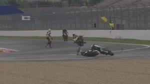 Racing Motorcycles Keep Going In Circles