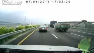 Scary Accident On Chinese Highway