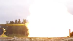 Slowmotion Tank Fire