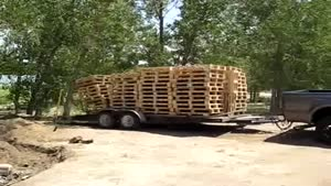 Unloading Pallets Like A Boss