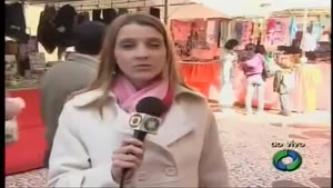 Reporter Answers Her Phone During Live Broadcast