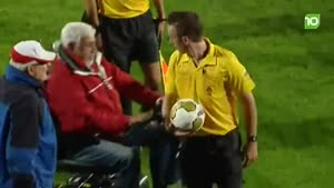 Referee Attacked By Old Senile Man