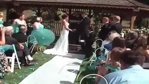 Another Girl Fainting At A Wedding Ceremony
