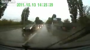 Blind Overtaking In Heavy Rain