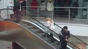 How blondes use the escalator