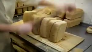 Cutting Bread Like A Boss
