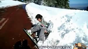 Snowboard Jump Goes Very Wrong