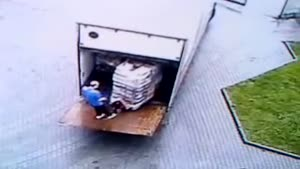 'Employee Of The Month' Unloads A Truck