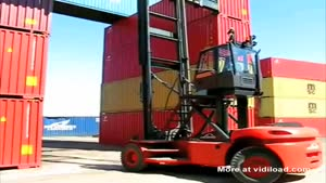 Unloading Heavy Containers