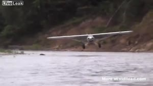 Skilled Pilot Does Water Landing With Regular Plane