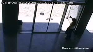 Dumb Blonde Doesn't Understand Automatic Door