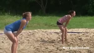 Beach Volleyball Referee Gets A Nice Surprise
