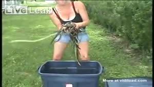 Girl Catches 23 Snakes With Her Bare Hands