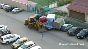 Drunk Guy In Bulldozer Demolishes Seven Cars