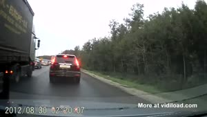 Russian Douchebag Overtaking Gone Wrong