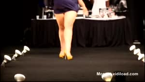 Plus Size Model Falls On Catwalk