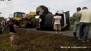 Removing A Crashed Truck Fail