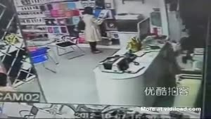 Mother And Daughter Rob Store