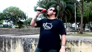 Crazy Guy Drinking Coke And Eating Mentos