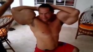 Idiot Mutates Himself With Synthol