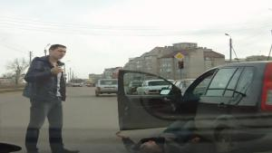 Extremely Drunk Driver In Russia