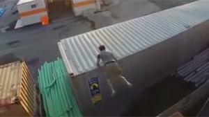 Guy Breaks Teeth At Parkour Fail