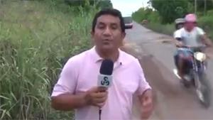 TV Reporter Shows Dangerous Road