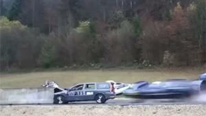200 KM/H Crashtests