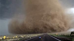 Tornado Hunters Make Extreme Close Up