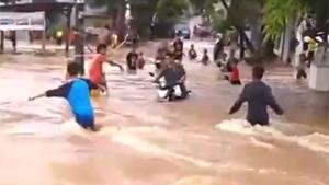 Crossing Flood On Motorbike Fails