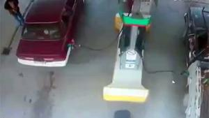 Stupid Fail At Gas Station
