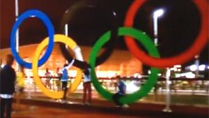 Slum Kid Breaks Olympic Rings