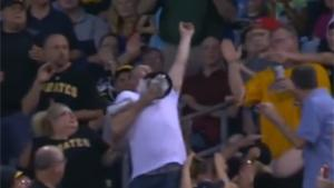 Hilarious Foul Ball Catch Fail