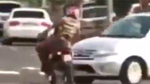 Instant Karma For Fleeing Moped Driver
