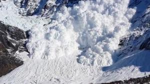 Bizarre Footage Of Avalanche