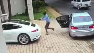 Car Jacking Fail