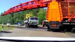 Impatient Truck Driver Creates Disaster