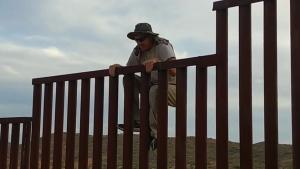 Jumping The US-Mexico Border Fence