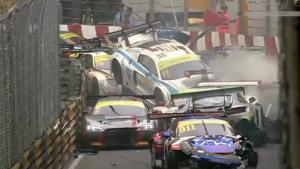Massive Pile up At Macau GT World Cup
